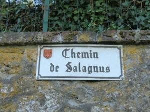 Lavardin, Vallée du Loir, parmi les Plus Beau Villages de France, forteresse médiévale, randonnée autour de Lavardin